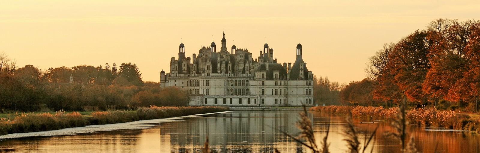Tours 香波堡-舍农索城堡-谢韦尔尼城堡或肖蒙城堡或布洛瓦城堡 - 一日游 - 从巴黎出发的一日游