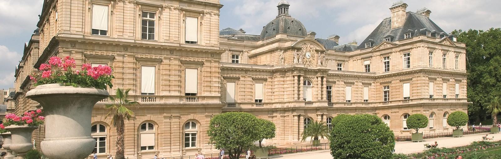 Tours 拉丁区,先贤祠,圣斯德望堂,卢森堡宫 - 徒步游 - 巴黎游